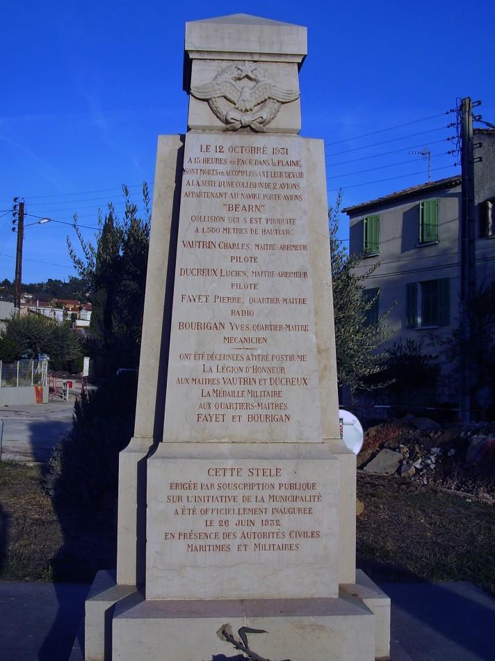 Monument Charles VAUTRIN